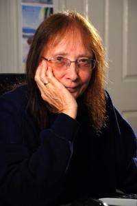 Author Gigi Sedlmayer